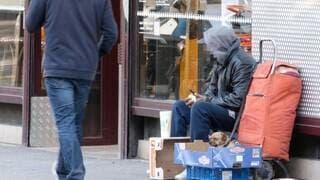 La fin de la trêve hivernale risque d'entraîner de nombreuses personnes à la rue.